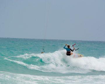 jalou langeree riding waves at boa vista