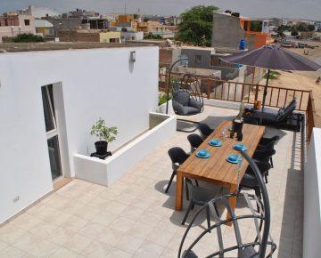 common rooftop terrace Casa Tud Dret Boa Vista Cape Verde